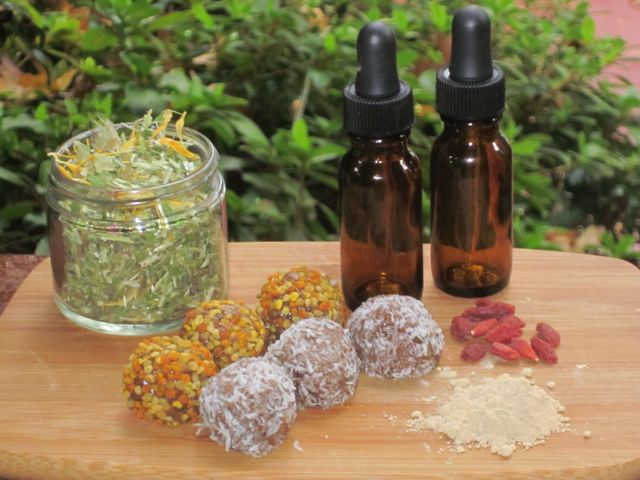 tincture-tea-powderpill